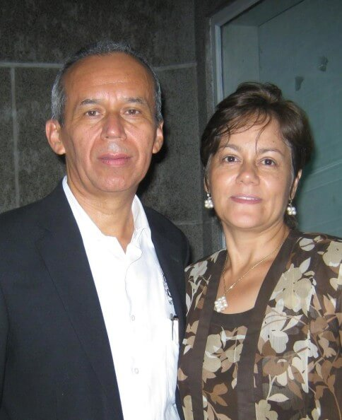 Pedro-and-Mabel-Hernandezcropped-484x594